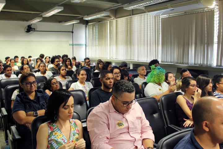 auditório cheio na Semana de Interatividade em Ação no campus São Gonçalo