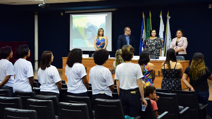 mesa de abertura composta por Francisco Sobral, Grazielle Pereira, Maylta dos Anjos e Débora Ricio