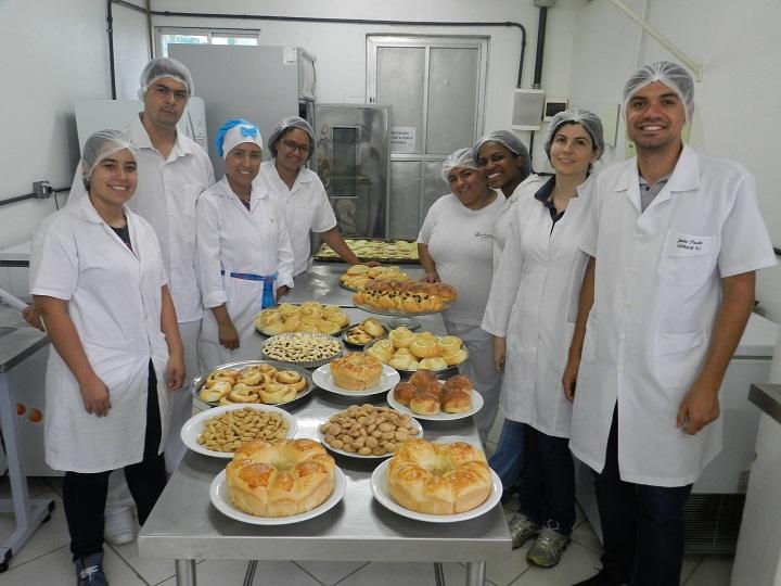 panificação e confeitaria - produção de variedades de bolos; pães; biscoitos; pizzas e esfirras