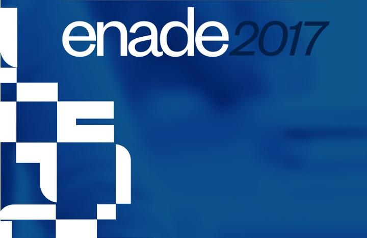 """cartaz em azul, escrito """"enade 2017"""" em branco e azul"""