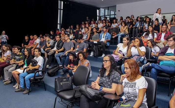 auditorio lotado do camous Niteroi no IF Concert