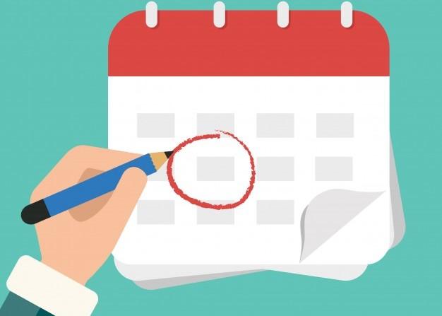 Ilustração de uma mão circulando com lápis vermelho uma data em um calendário