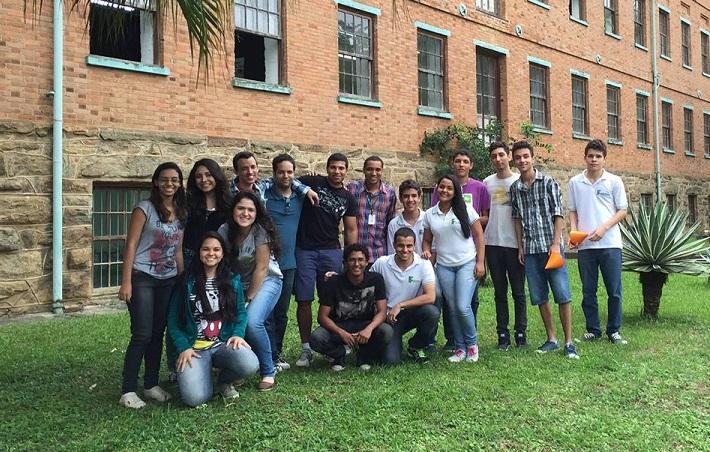 alunos do projeto Arqueometria